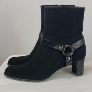 Womens Stuart Weitzman short black boots Sz 8.5